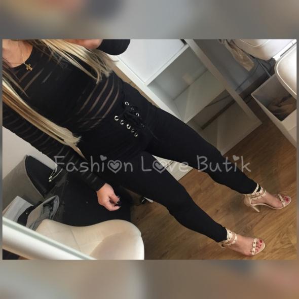 Czarne spodnie sznurowane