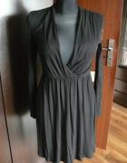 Sukienka z wyciętym głębokim dekoltem xs s firmy h&m