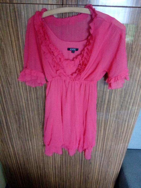 Malinowa sukienka 38