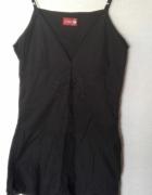 Carry Czarna sukienka na ramiączkach...
