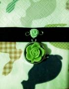 Dusik choker róża różyczki podwójna zawieszka pastel goth lolita
