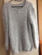 Sweter szary włochaty oversize miły