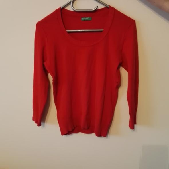 Swetry Czerwony sweter z United Colors of Benetton