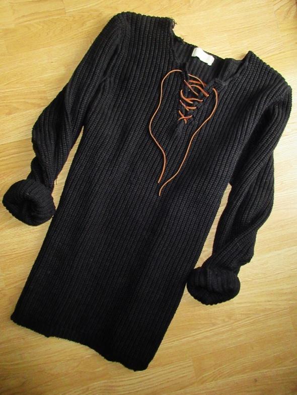 sweterk sukienka wiązany cudny