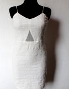 Biała dopasowana elegancka sukienka r L Zara