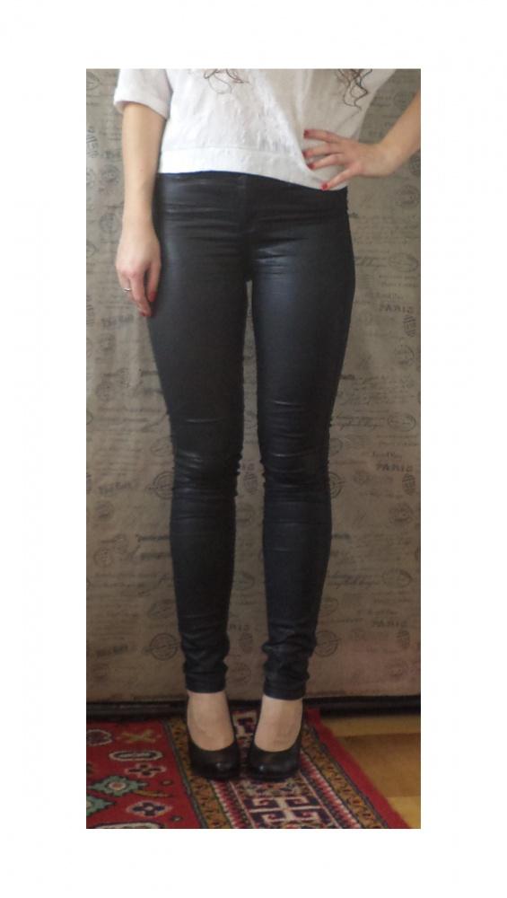 Czarne spodnie River Island rurki rozmiar 10