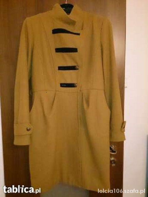 militarny płaszcz musztardowy...
