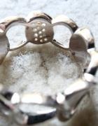 Srebrny925 pierścionek jak łańcuszek marki Esprit...