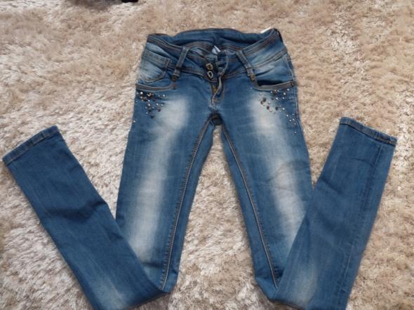 spodnie dzinsowe 34 rurki