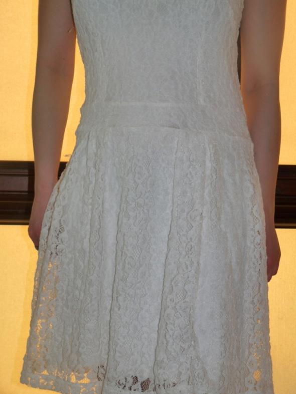 sukienka nowa ekri rozkloszowana polska 38