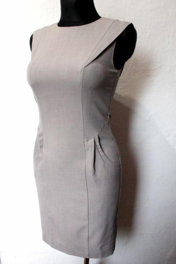 c901f38456 Elegancka szara sukienka biurowa r XSS w Suknie i sukienki - Szafa.pl