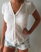 biała bluzka koszulowa bawełniana