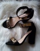 Czarno złote sandałki na obcasie New look...