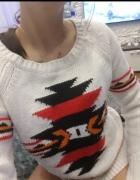 Sweterek biały etniczny medicine xs s...