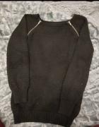 Sweterek czarny zameczki xs s...