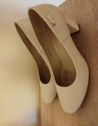 Pantofelki rozmiar 38