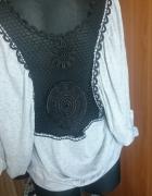 bluza z koronka z tylu