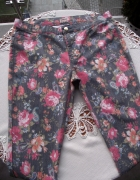 Śliczne spodnie legginsy w kolorowy kwiatowy wzór Only 40 L...