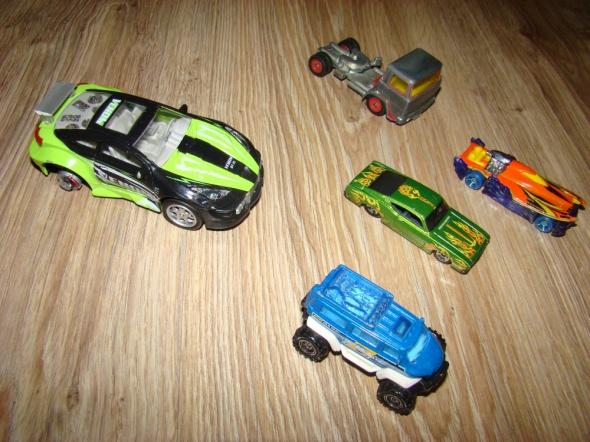 Zabawki Samochodziki wszystkie za 5 zł