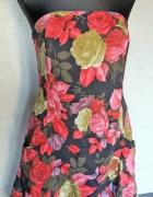 dopasowana sukienka w róże floral bombka