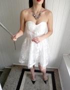 Nowa rozkloszowana sukienka nude tiul Boohoo