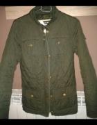 pikowana kurtka zielona