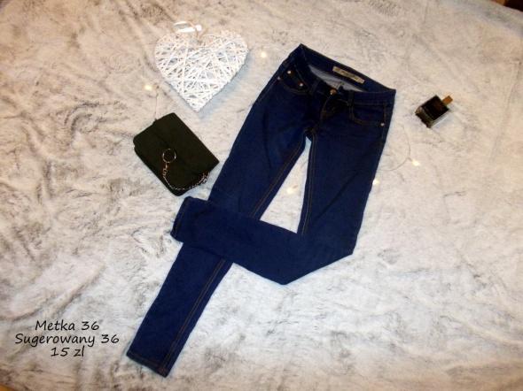 Spodnie Jeansy 36
