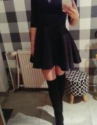 Sukienka z pianki Wassyl