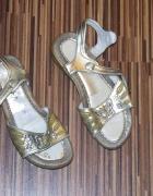 zlote sandalki Steiner rozmiar 33