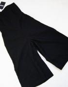 missguided czarny koronkowy kombinezon spodnium