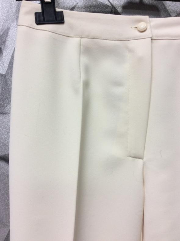 Spodnie typu palazzo 34