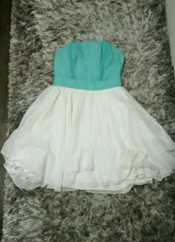 sukienka miętowo Biała