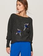 Sweter Reserved z aplikacją