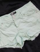new look miętowe krótkie spodenki szorty jeans rozmiar 40...