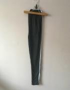 Bawełniane legginsy z paskami