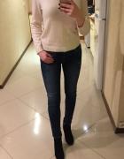 Śliczny jasny beżowy sweterek H&M S