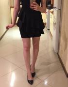 Czarna wieczorowa sukienka Stradivarius M z metką