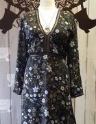 Sukienka w małe kwiaty 5XL...
