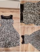 Bialo czarna sukienka