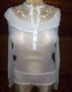 Jedwabna kremowa bluzka z koronakami