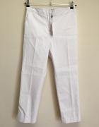 białe spodnie 7 8