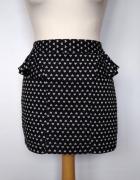 Krótka mini spódniczka w serduszka z baskinką Atmosphere