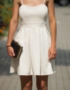 Biała sukienka Rozkloszowana 36...