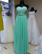 Miętowa suknia...