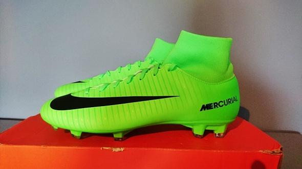 Nowe Korki Nike Mercurial Victory...
