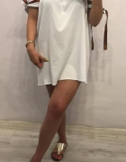 Sukienka z wiązaniami biała...