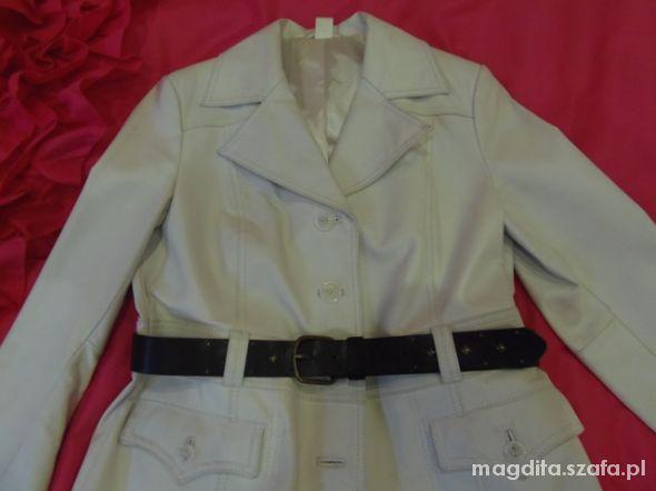 Płaszcz biały skórzany z paskiem