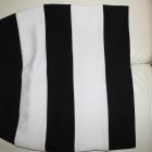 Spódnica w paski czarno biała