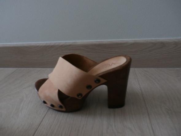sandały na słupku skóra 35 Venezia