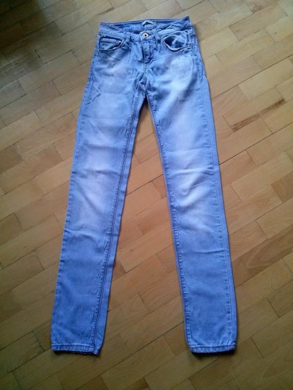 Spodnie spodnie jasny jeans rurki pull&bear 34XS